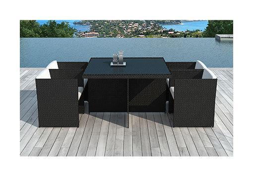 TABLE DE JARDIN + 4 FAUTEUILS ENCASTRABLES EN RÉSINE TRÉSSÉE NOIRE - M&S