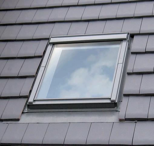 Fenêtre De Toit Velux à Rotation Confort Ggl Uk08 3076 134 X140