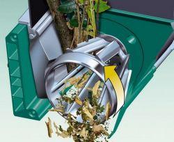 Broyeur de végétaux à turbine et fléaux