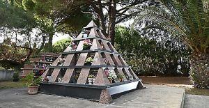 Pyramide Columbarium