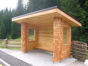 Abri bus en bois