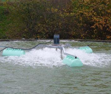 Aérateur pour traitement des eaux