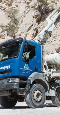 Guide : quelle formation pour conduire un camion toupie ?