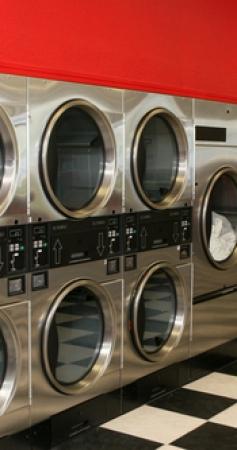 Combien coûte une machine à laver professionnelle pour laverie ?