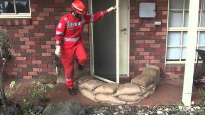 Barrière anti-inondation sacs sable