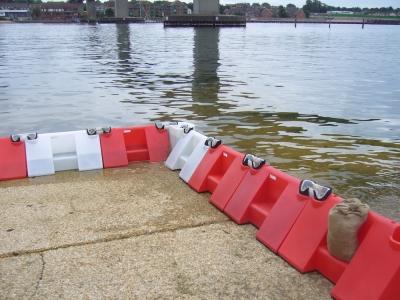 Boîte Imperméable remplir Eau Inondation