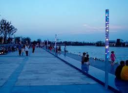 colonnes lumineuses