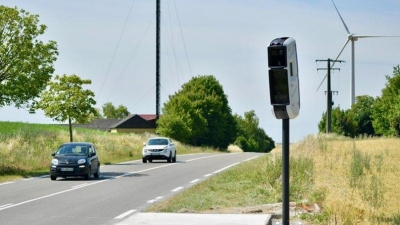 Radar vitesse contrôle routier fixe