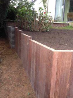 Soutien de terre en bois