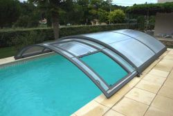Abri de piscine semi coulissant