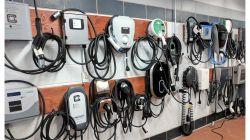 Bornes de recharge électrique standards