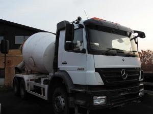 Camion malaxeur toupie 6x4