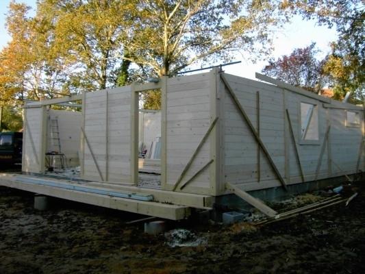 Maison en poteaux poutre for Maison poteaux poutres