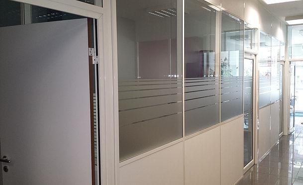 cloisons de bureaux tous les fournisseurs separation. Black Bedroom Furniture Sets. Home Design Ideas