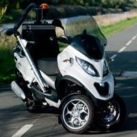 Scooter 3 roues mp3 piaggio équipé du kit aspiration