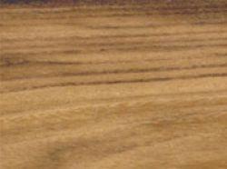 Bois massifs de robinier et  faux acacia