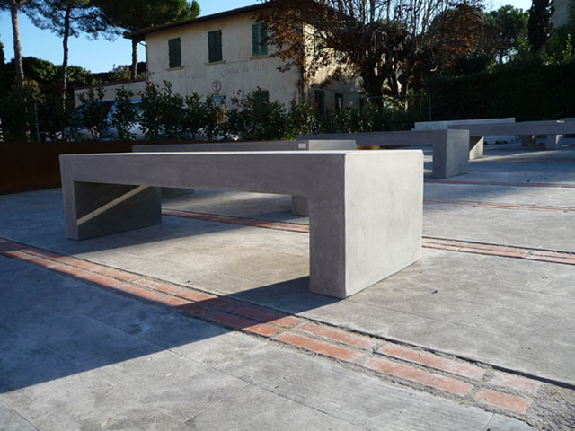 Banc Public En Béton Moderne Linea