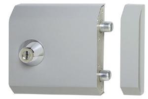 serrure electrique renforcee de haute securite 21900. Black Bedroom Furniture Sets. Home Design Ideas