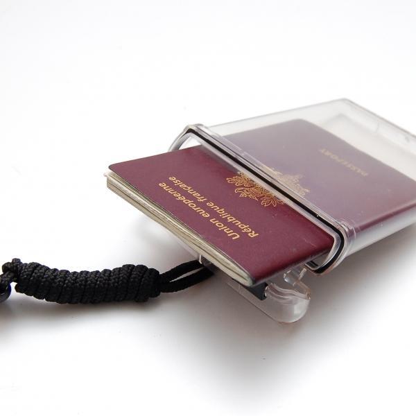 San Francisco ae4cd 223ba Passeport holder clearbox étanche avec cordon