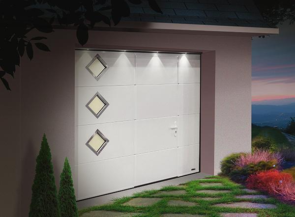 Fmp fenetres menuiseries pvc produits portes de garage - Porte sectionnelle avec portillon tarif ...