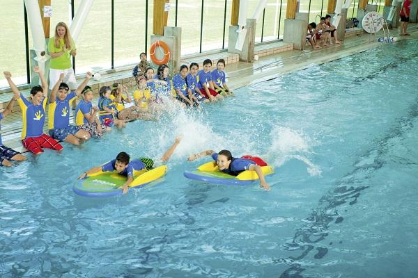 Bateaux de plage et de piscine tous les fournisseurs for Planche piscine