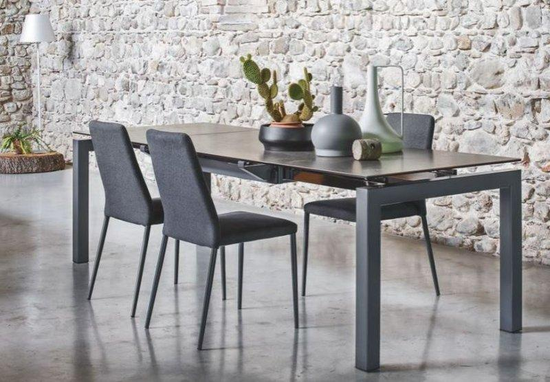 calligaris table repas extensible airport 130x90 plateau. Black Bedroom Furniture Sets. Home Design Ideas
