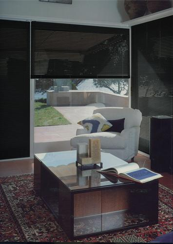 photos stores venitiens page 1. Black Bedroom Furniture Sets. Home Design Ideas