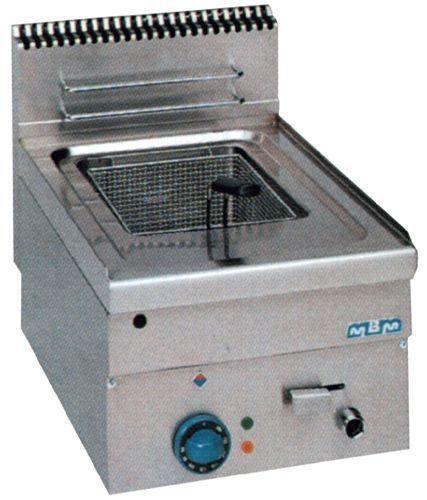 Friteuse mbm 600 electrique ou gaz friteuse 8 litres gaz for Cuisine gaz ou electrique
