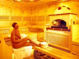 sauna massif ou lambris sur mesure. Black Bedroom Furniture Sets. Home Design Ideas