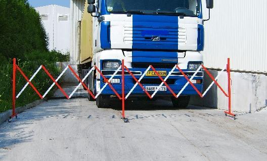 barrieres de chantier tous les fournisseurs barriere de securite de chantier barriere de. Black Bedroom Furniture Sets. Home Design Ideas