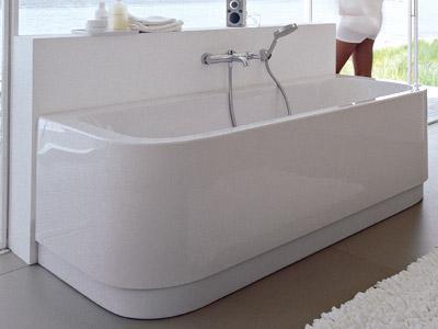 Baignoire duravit en acrylique contre cloison happy d Baignoire acrylique salle bains