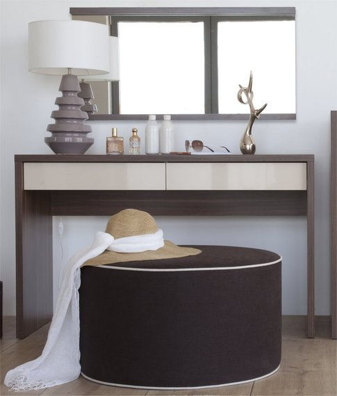 top 10 des coiffeuse sur. Black Bedroom Furniture Sets. Home Design Ideas