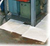 Feuille absorbante pour hydrocarbures 30cm x 30cm