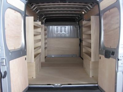 am nagement et d coration du v hicule comparez les prix pour professionnels sur. Black Bedroom Furniture Sets. Home Design Ideas