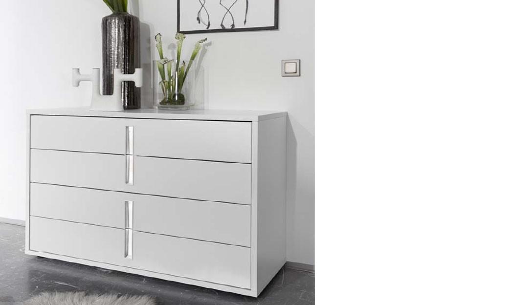 Commode design blanche et chromé chambre adulte aliana