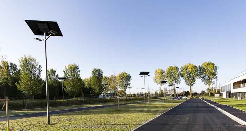Lampadaire urbain solaire smartlight 4.1 - 5.1 / led / en acier galvanisé