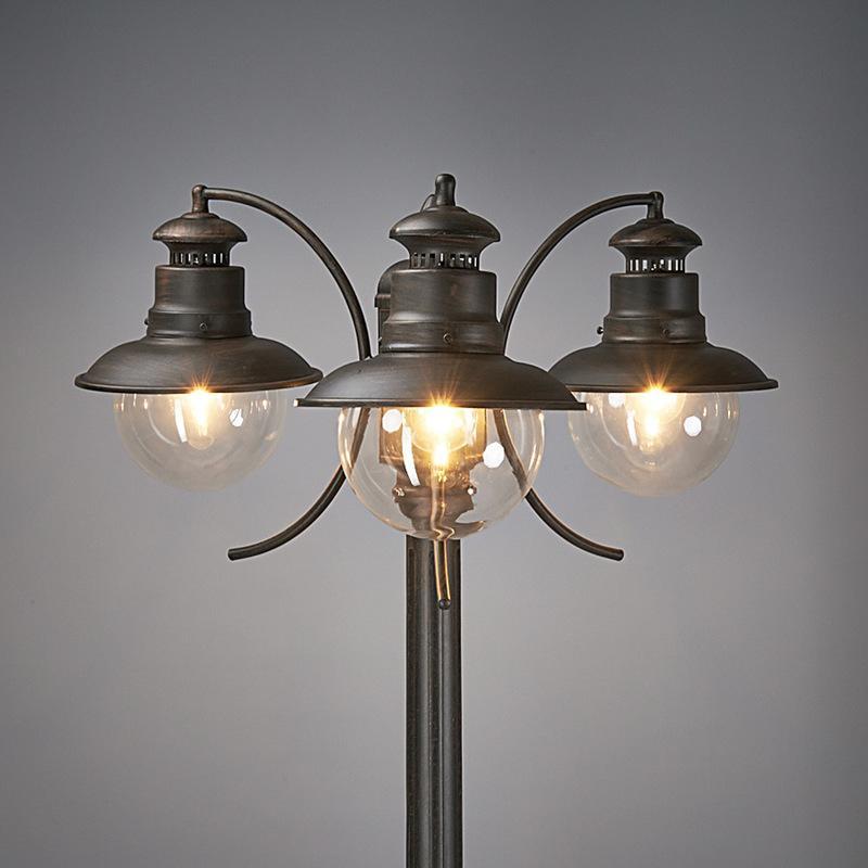Lampe pour l 39 ext rieur eddie rustique 3 l lampadaire for Candelabre exterieur