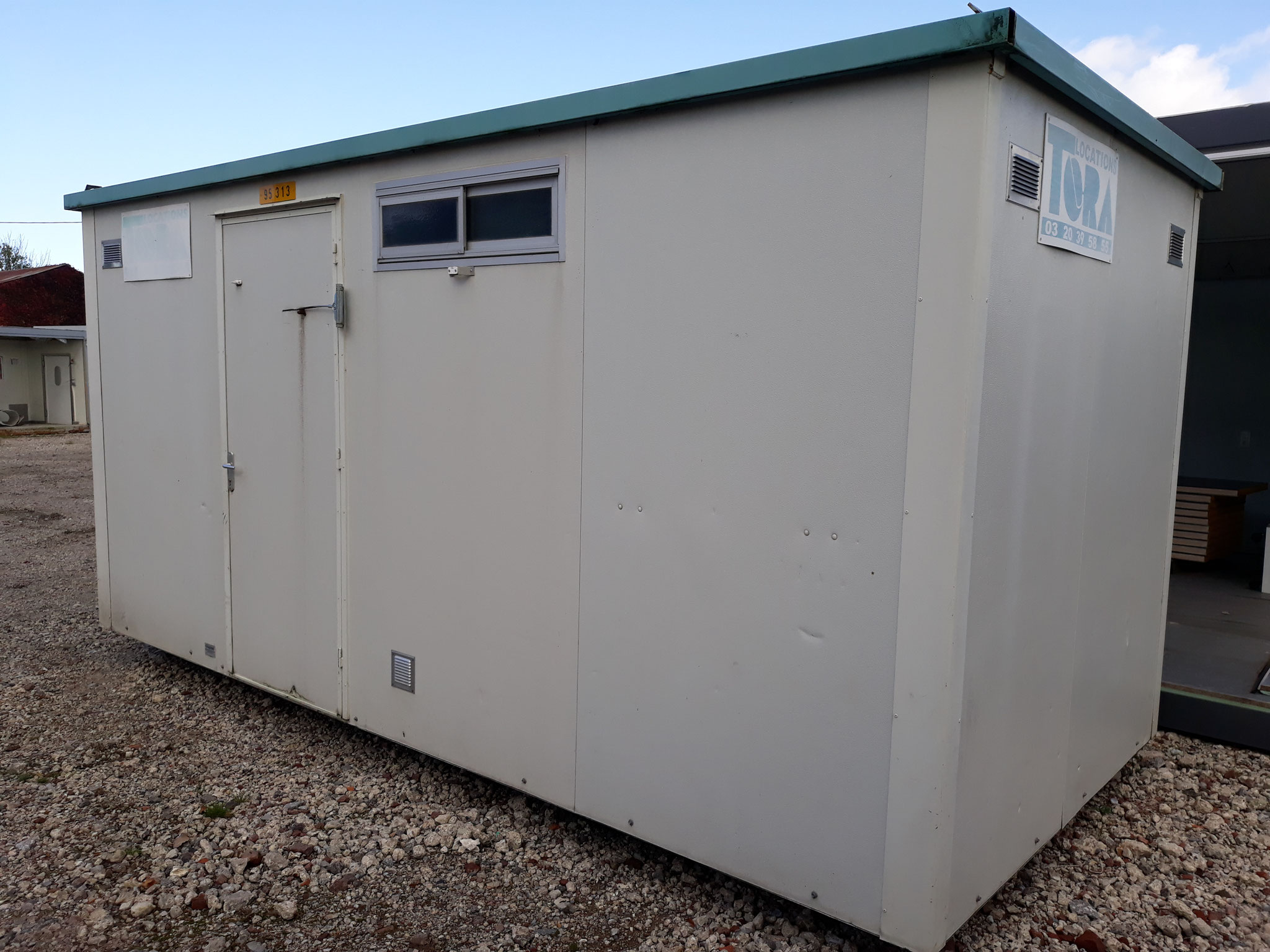 Module doccasion sanitaire & bureaux