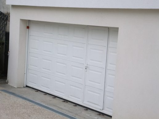 Portes de garage basculantes safir melodia for Porte de garage automatique coulissante