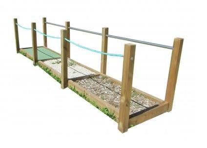 Structure parcours de santé passage de galets sable