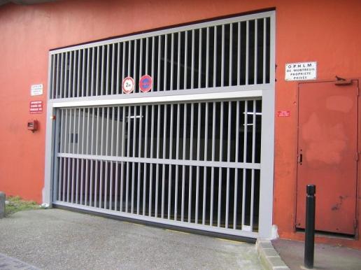 Portes de garage basculantes safir s400 baro spacio for Porte de garage safir