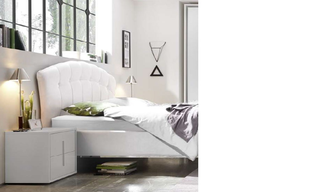 Chevet design blanc et chrome chambre adulte aliana