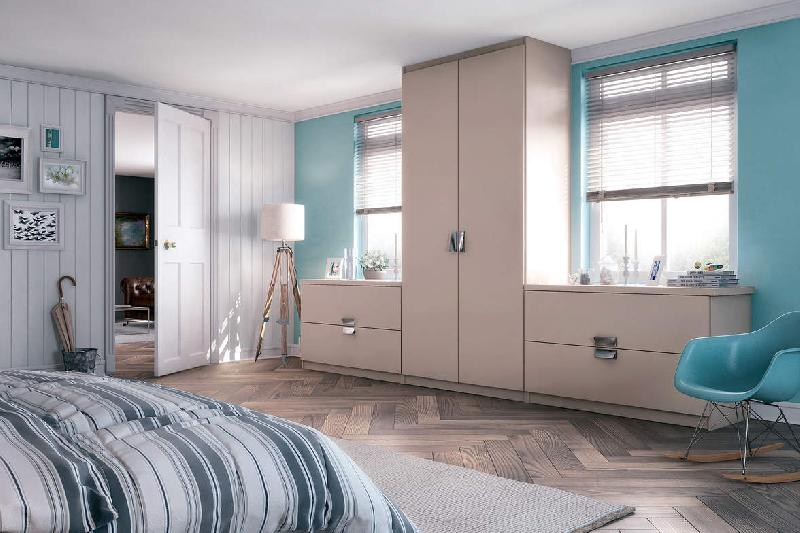 Placard de chambre tous les fournisseurs armoire de rangement placard porte coulissante for Placard mural chambre