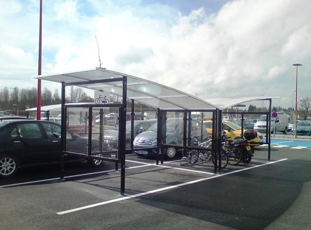 Abri vélo semi-ouvert evo 2 / structure en aluminium / bardage en verre trempé / pour 5 vélos