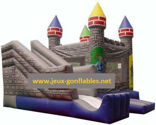 location chateau gonflable avec toboggan et trampoline prince et princesse. Black Bedroom Furniture Sets. Home Design Ideas