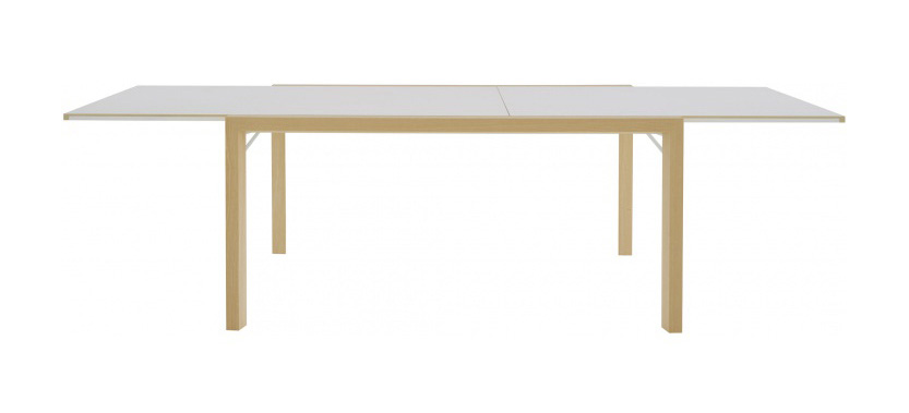 Table a manger daria ligne roset design ligne roset for Table salle a manger ligne roset