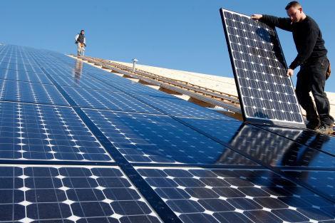 installation maintenance panneaux solaires tous les. Black Bedroom Furniture Sets. Home Design Ideas