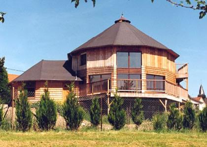 Maison en bois modele 12 pans - Modele de maison en bois ...