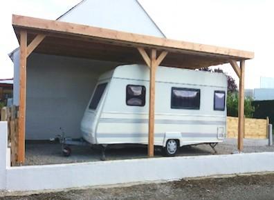 Abri camping-car ouvert adossé bois / structure en bois / toiture plate / 3.61 x 3.20 m