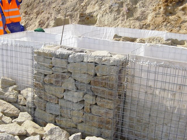 gabion bastion terrassement. Black Bedroom Furniture Sets. Home Design Ideas